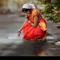 வீட்டில் செல்வம் பெருக பெண்கள் செய்யக்கூடாத காரியங்கள்! - தர்மாஸ்திரம்